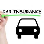שלט של ביטוח רכב